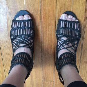 Black strappy sandals sz 9